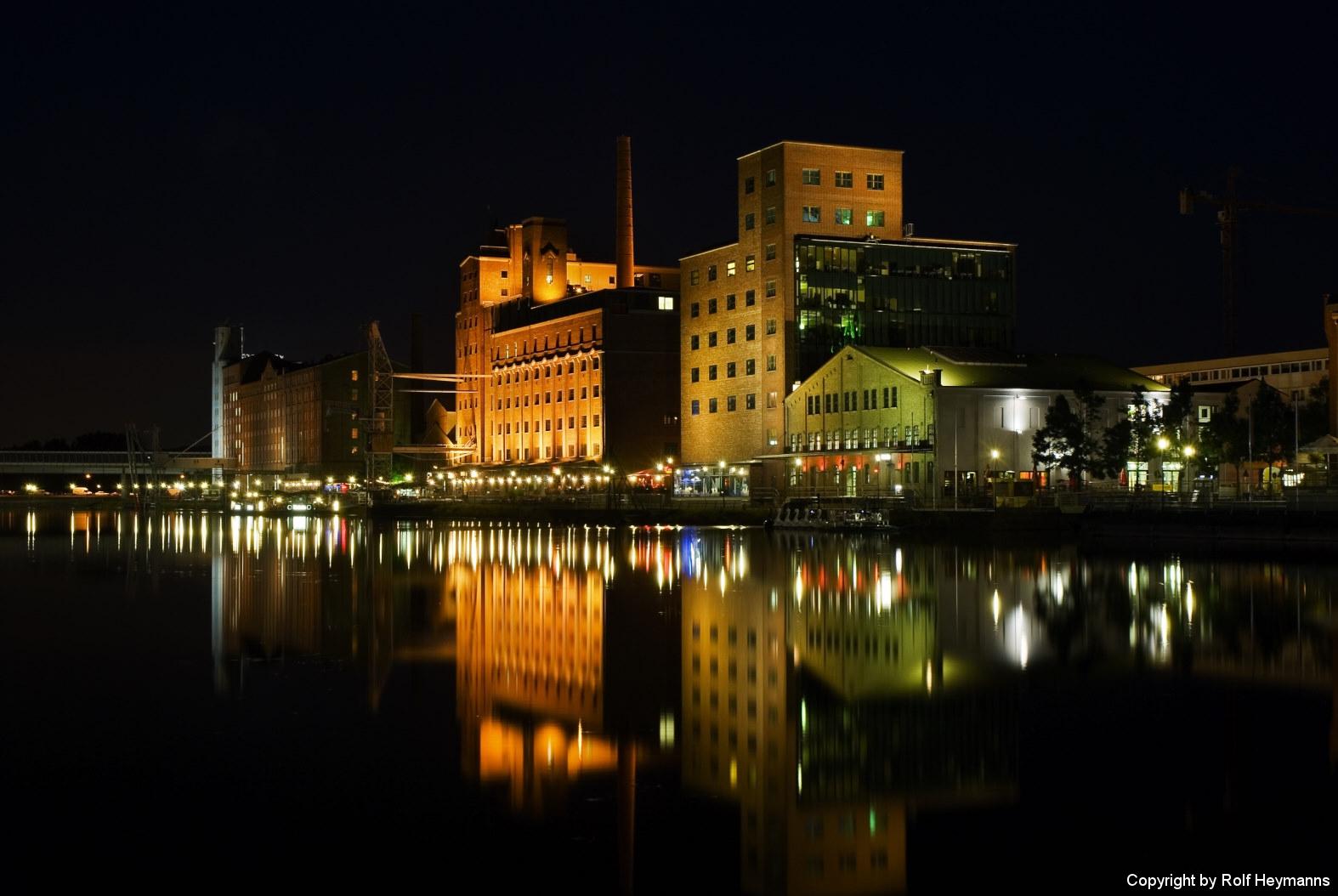 Duisburg, Innenhafen 3