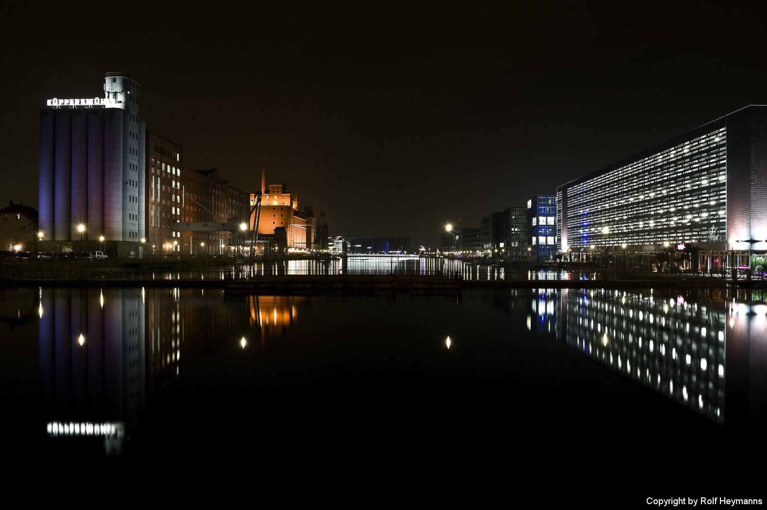 Duisburg, Innenhafen 11