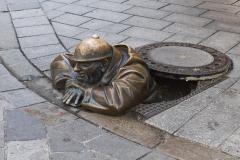 Bratislava, Kanalarbeiter-Skulptur